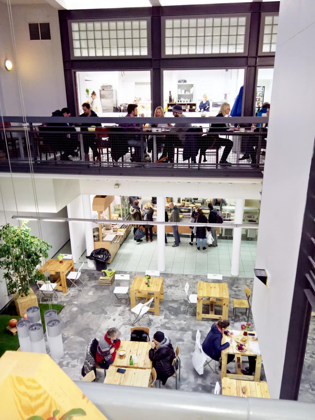 BIO_biobazar interiors foodcourt_opening day_14122017